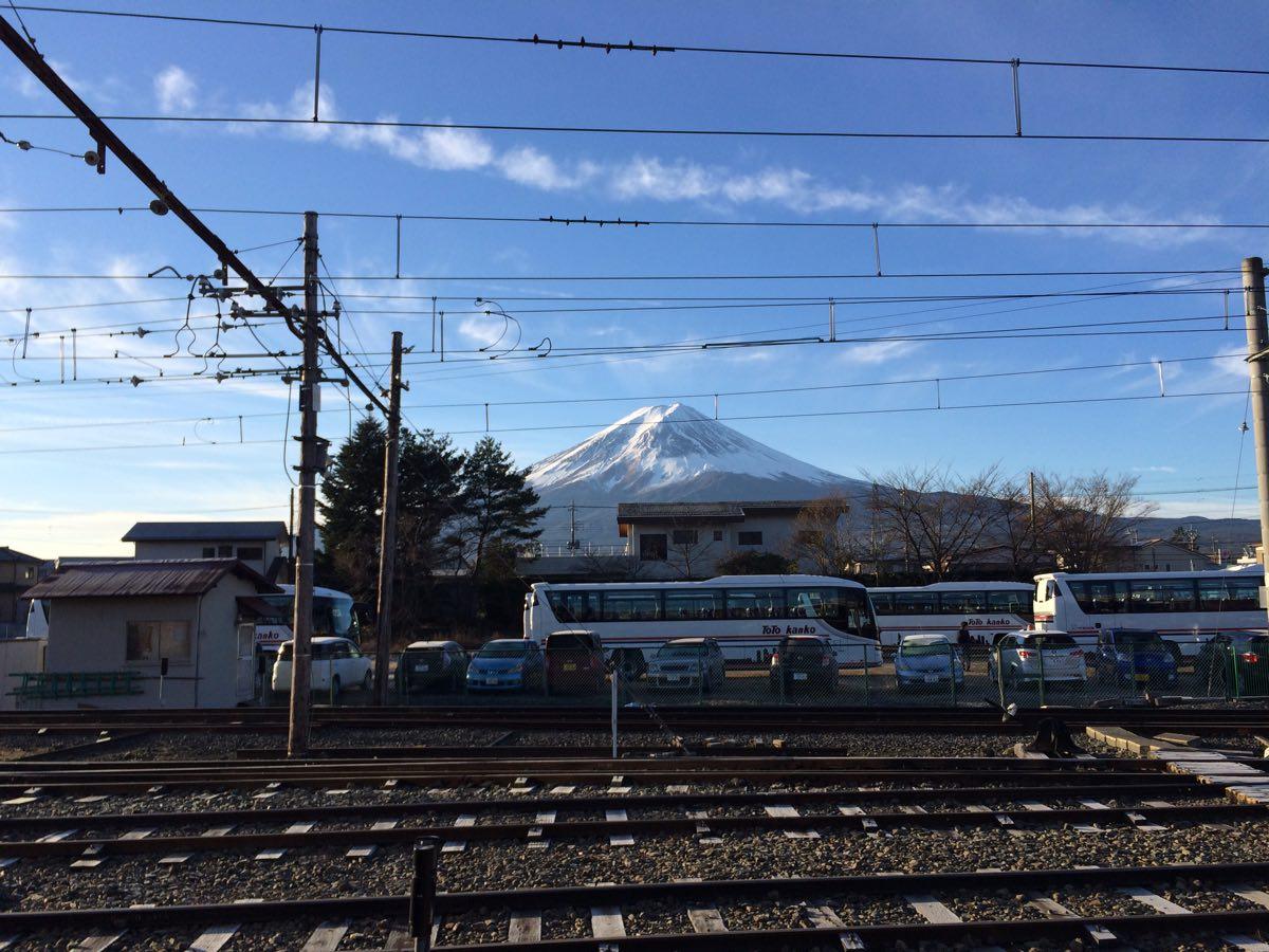 河口湖駅からの富士山